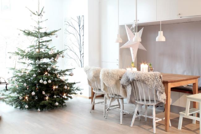 Новогодний скандинавский стиль в интерьере