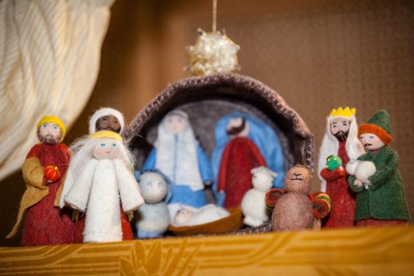 Рождественский вертеп из войлока и куколки из фетра