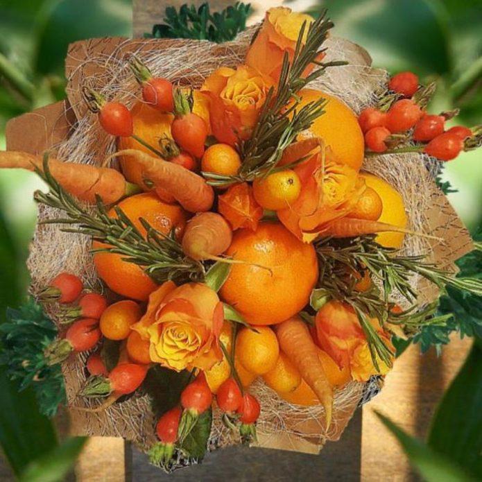 Букет из мандаринов с морковью