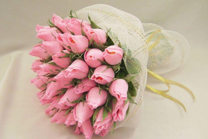 Букет из тюльпанов с конфетами