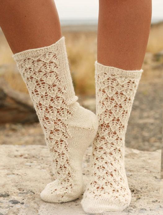 Носки с ажурным рисунком