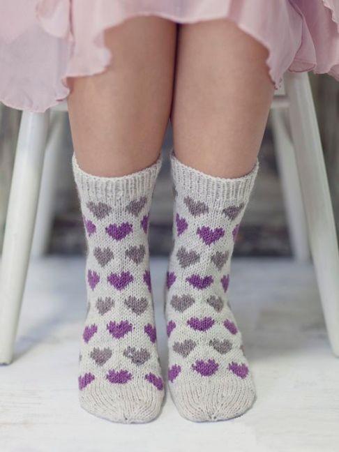 Носки с жаккардовыми сердечками