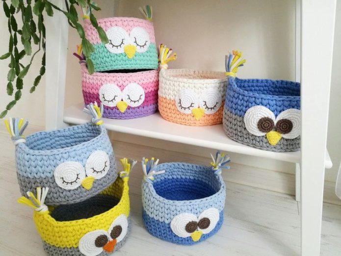 Детские корзинки для игрушек из трикотажной пряжи