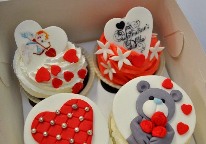 Пирожные на 14 февраля