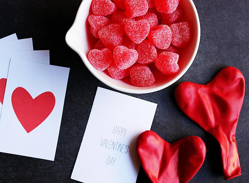 25 идей сладких подарков на 14 февраля своими руками