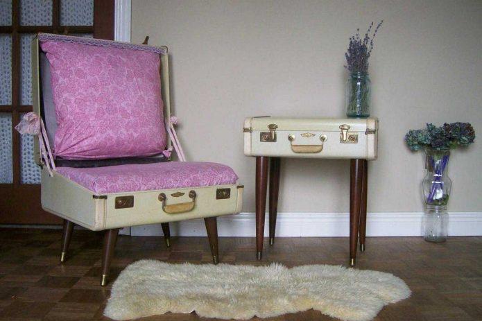 Мебель из старых чемоданов