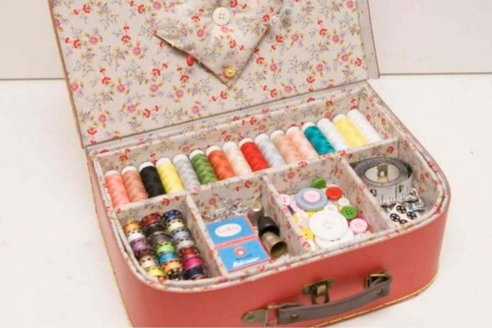 Органайзер из чемодана