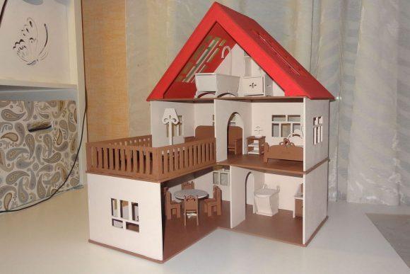 Домик для кукол в несколько этажей