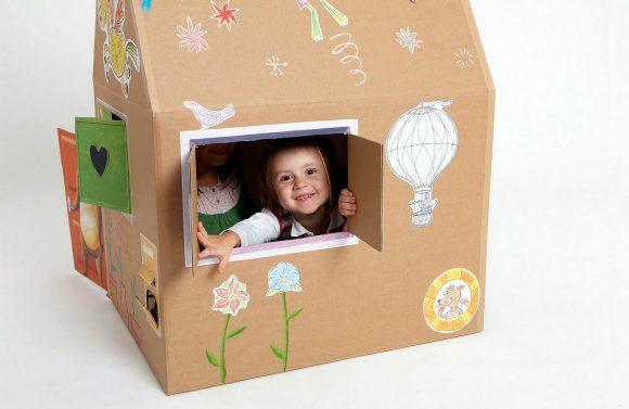Украшенный домик для детей