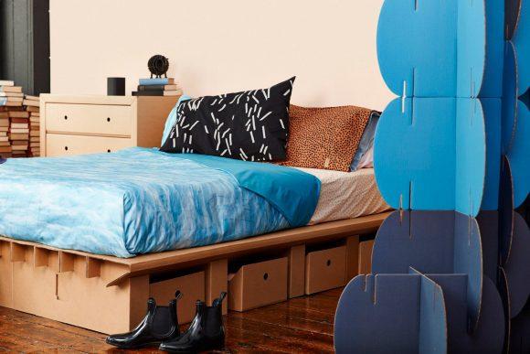 Кровать из картона