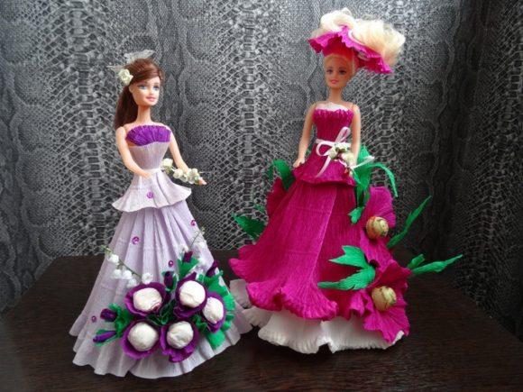 Наряды из гофрированной бумаги с конфетами для кукол