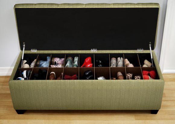 Хранение обуви в пуфике