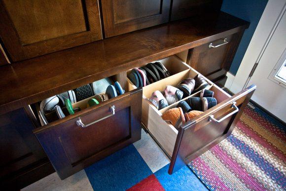 Хранение обуви в ящиках