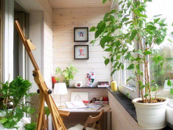 Балкон с рабочим местом