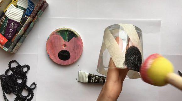 Нанесение краски на стакан