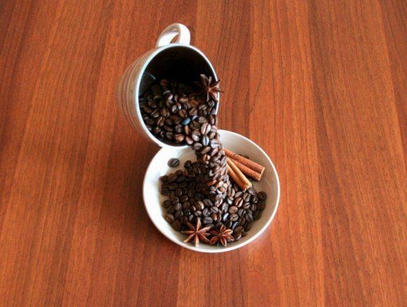 Интересная поделка из кофе