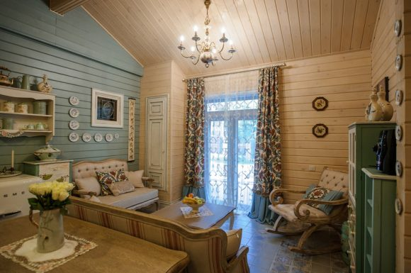 Интерьер гостиной дачного домика в стиле прованс