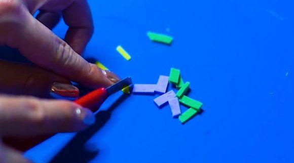 Прикрепление разноцветной посыпки