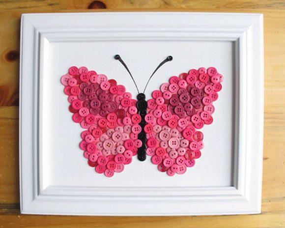 Картина бабочка из пуговиц