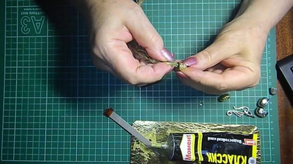 Соединение браслета с застёжкой