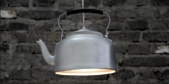 Светильник из старого чайника