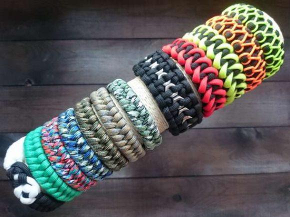 Разнообразные плетёные браслеты
