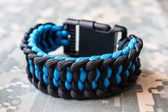 Широкий плетёный браслет