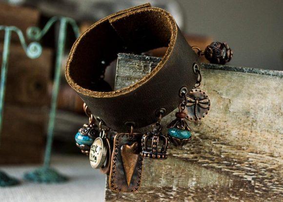 Оригинальный браслет из ремня