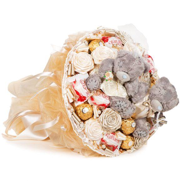 Букет из конфет и игрушек на последний звонок для учителя