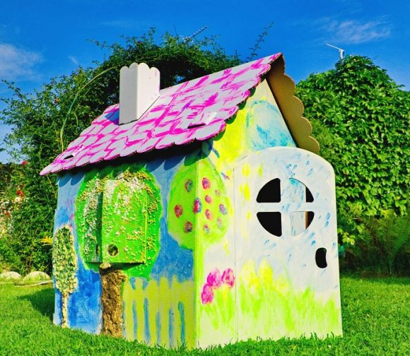 Необычный домик для детей