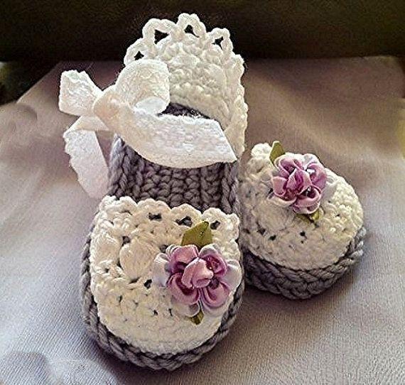 Нарядные тапочки-сандалии