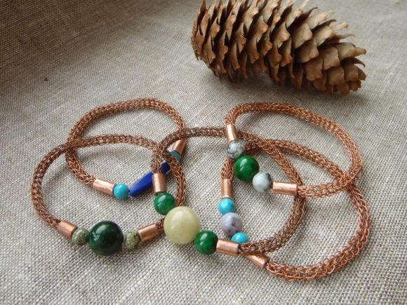Объёмные браслеты с бусинами
