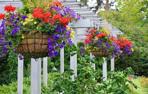 Самодельный навес для подвесного садика