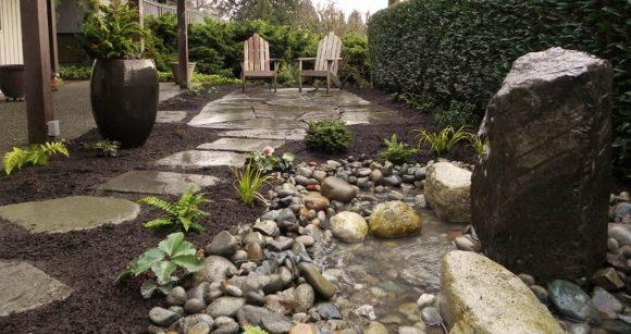 Сад камней на дачном участке