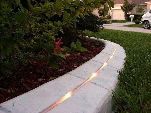 Вариант освещения садовой дорожки
