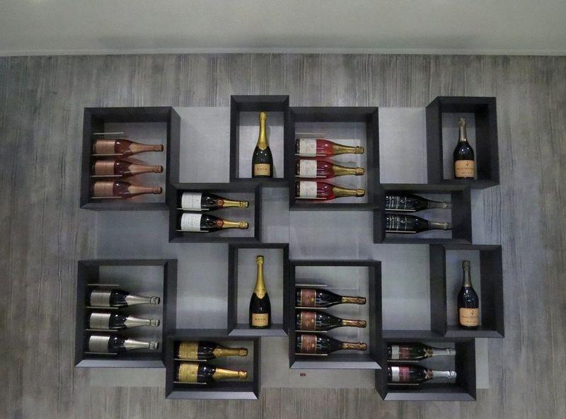 Идеи хранения бутылок: подборка фото
