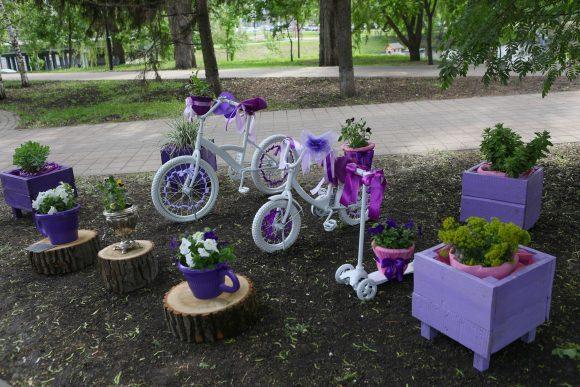 Подставка для цветов из старого велосипеда