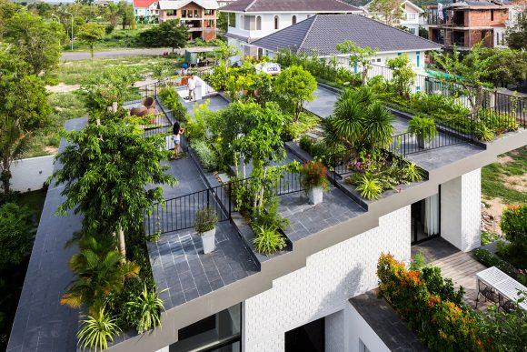 Сад на крыше загородного дома