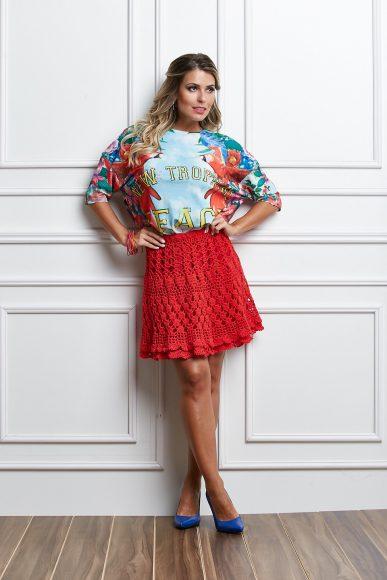 Красная ажурная юбка