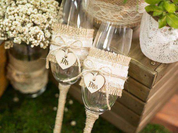 Свадебные бокалы в стиле кантри