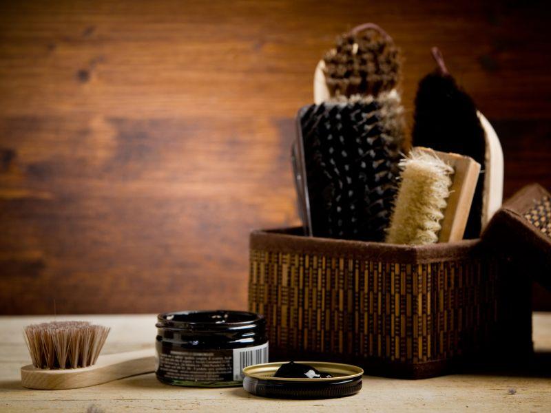 Как обновить кожаную обувь в домашних условиях — лайфхаки для тех, кто не хочет расставаться с родными туфлями