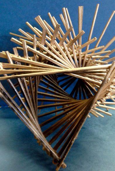 Декоративная 3D-фигура из палочек для суши