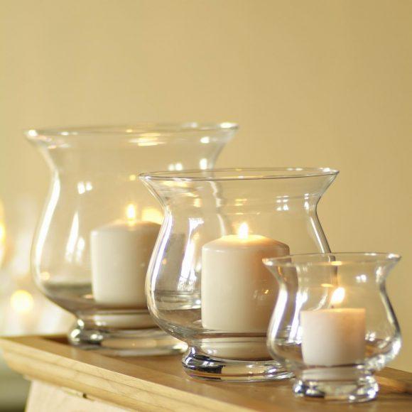 Свечи в красивых вазах