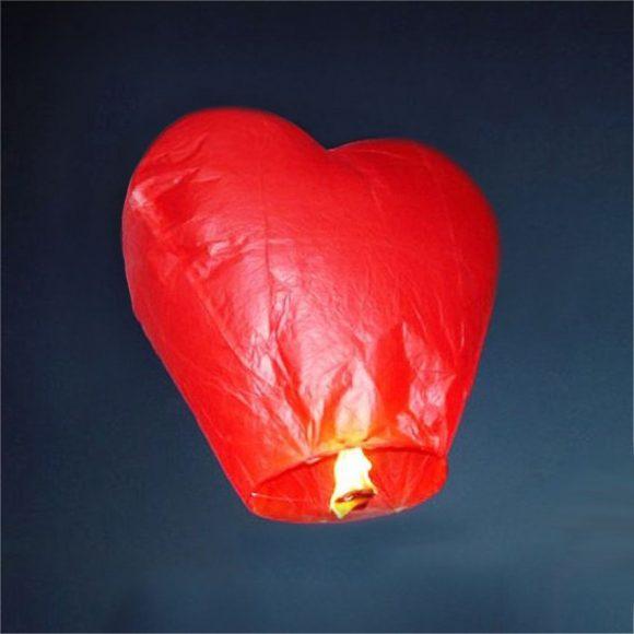 Бумажный фонарик в форме сердца