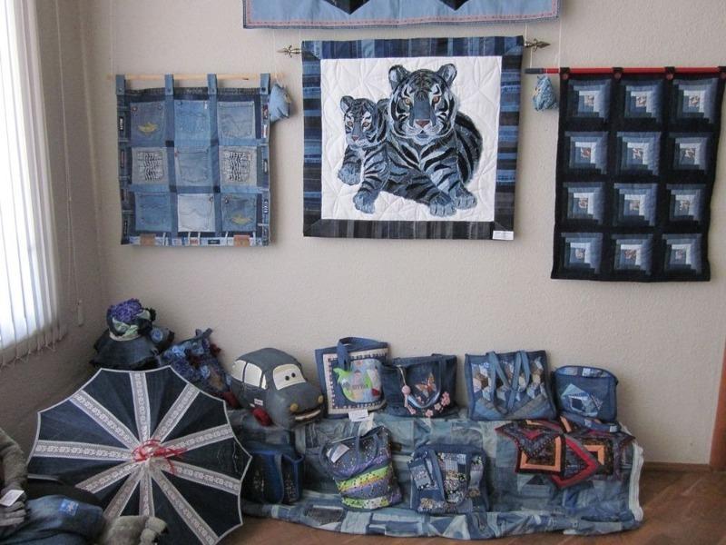 Интерьер с джинсовым декором