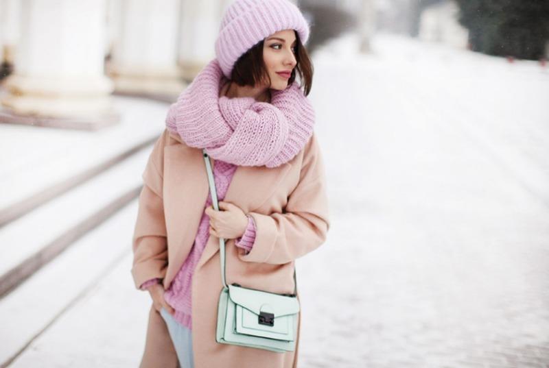 Тепло и красиво: 5 самых модных оттенков зимней одежды 2020