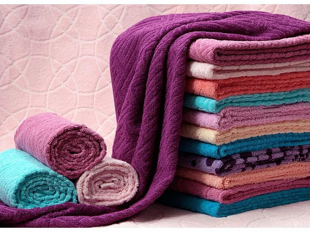 Старые полотенца больше не занимают места: советы, куда их можно пристроить